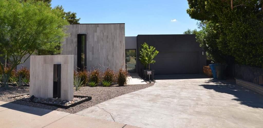 Contemporary-Home-e1446509753976-1024x500