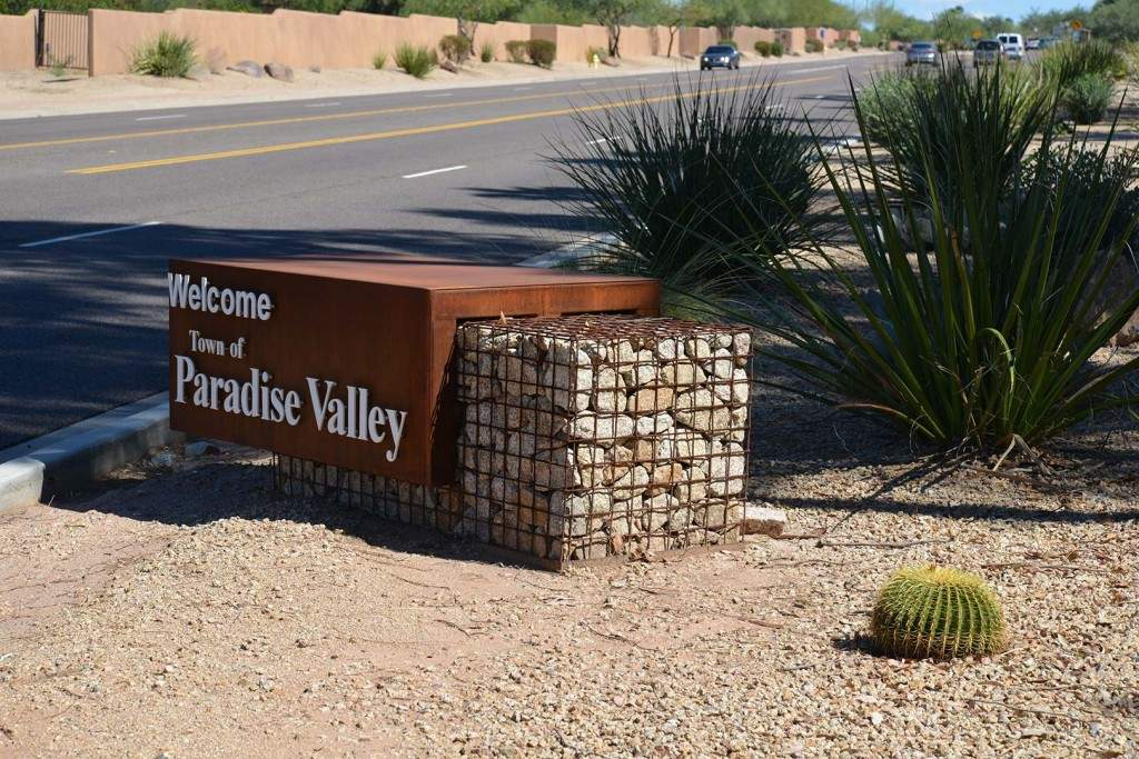 Paradise-Valley-Sign-1024x683
