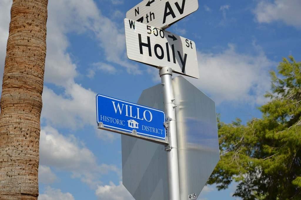 Willo-Street-Sign-1024x683